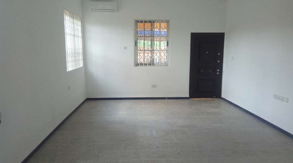 Modern 7 Bedroom House For Sale At Oyibi