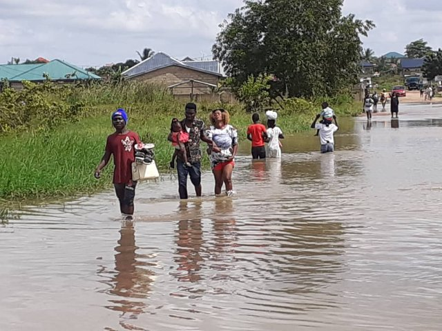 Flood Cuts Off Peace Town In Ngleshie, Amanfro