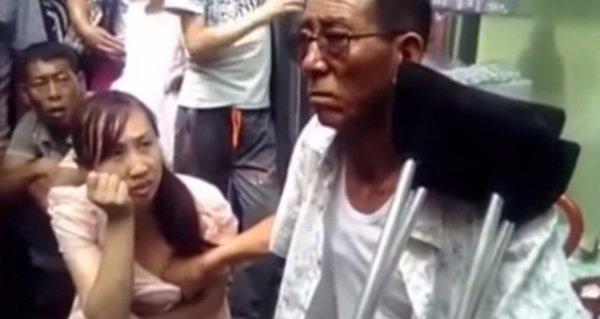 Mystical Chinese Man Claims He Can Predict A Womans Future By Fondling Her Breasts-8388