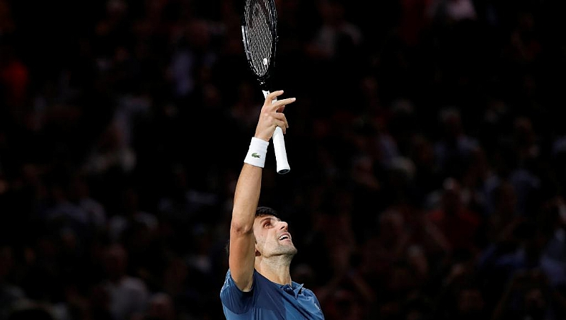 Djokovic edges Federer to reach Rolex Paris Masters final