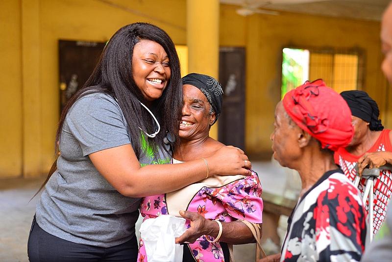 US Based Philanthropist, Chinwe Chibuike Marks Birthday In Nigeria,Visit Abia Hospital For Impact Outreach - Modern Ghana
