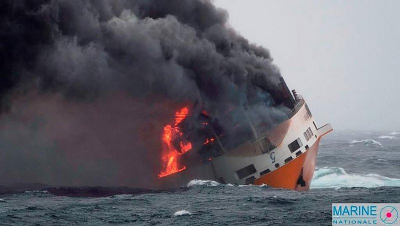 Oil Spill Heading To Brittany Coast After Cargo Ship Sinks