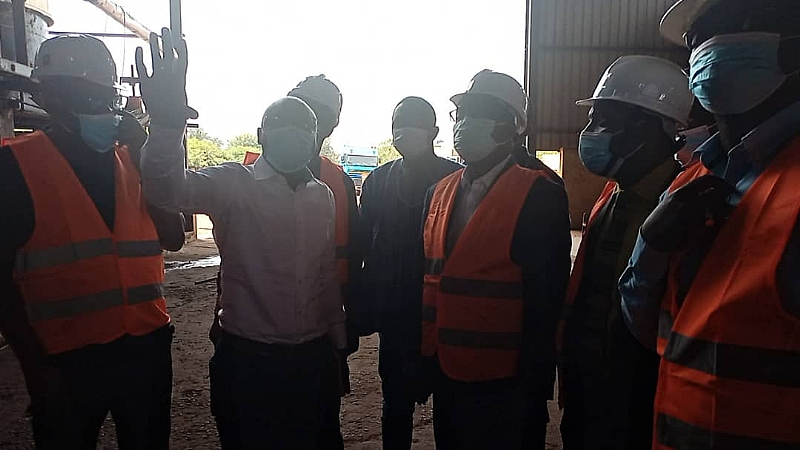 Minister tours Ghana Nut Company at Techiman