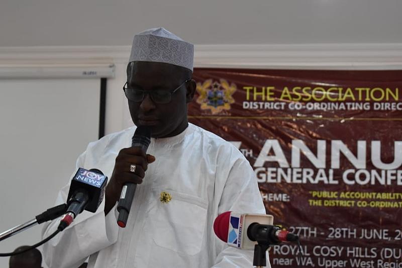 U/WR: Minister bemoans growing indiscipline among assembly staff