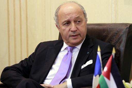 Algerian plane 'likely crashed' says French foreign minister