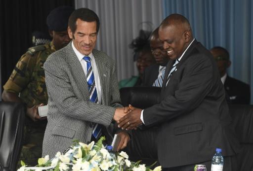 Botswana president sworn in promising to fight graft