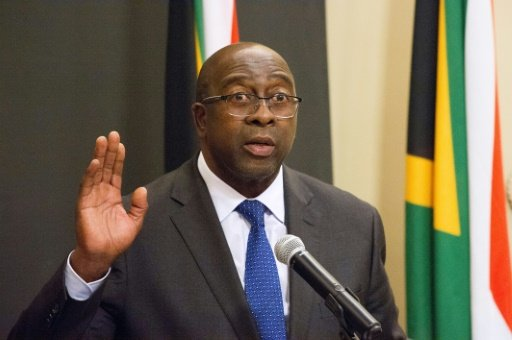 S.Africa finance minister resigns over graft testimony