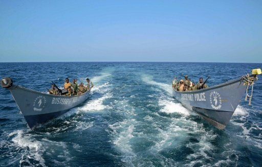 IS-linked fighters seize small Somalia port
