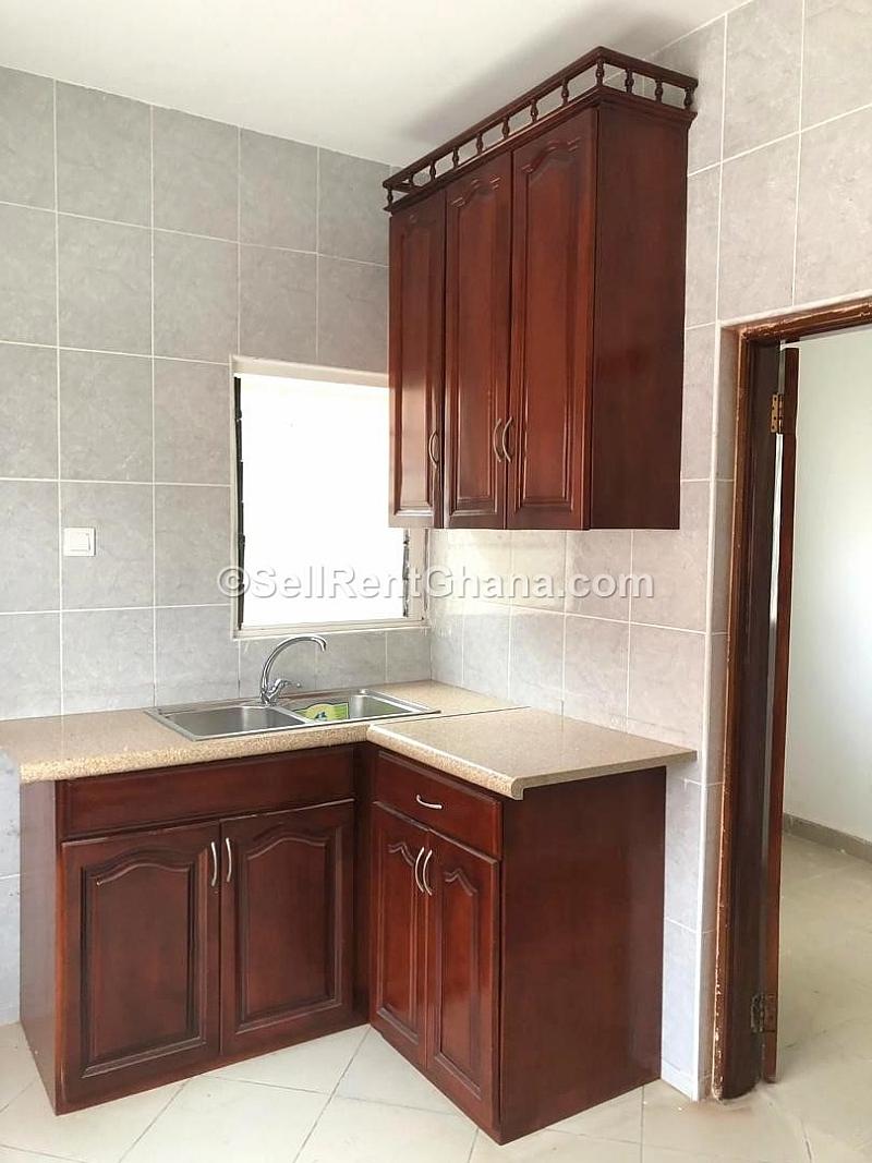 3 Brdroom Apartment For Rent In Dzorwulu