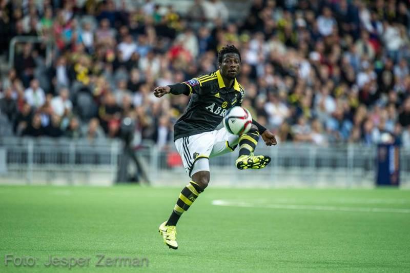 West Ham United closely monitoring Ghanaian midfielder Ebenezer Ofori