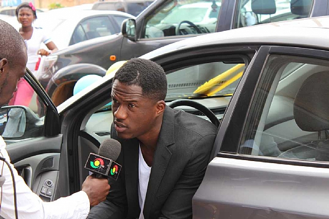 Joey B Gets Car Prize From Midland As 2014 Vgma New