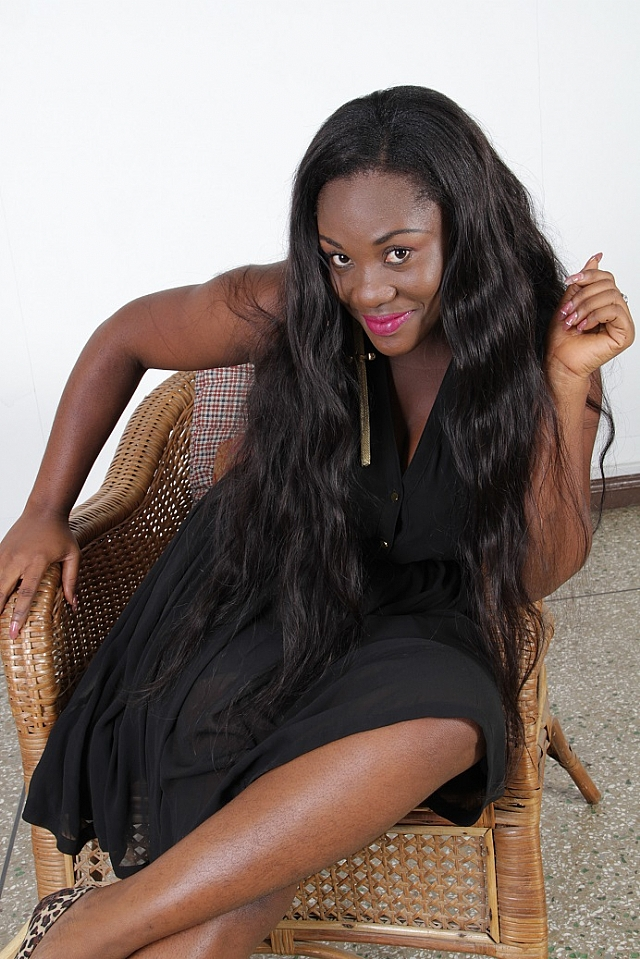 2012 End Of The World Movie: EMELIA BROBBEY CELEBRATES BIRTHDAY WITH ART WRITERS