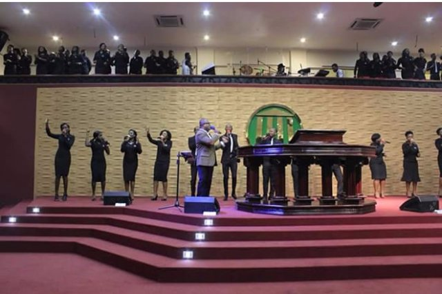 """Maker's House Chapel holds """"Living Room Worship Experience ... Praise And Worship Music Images"""