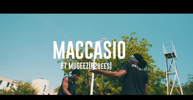 Maccasio - Dagomba Girl feat. Mugeez (R2Bees)