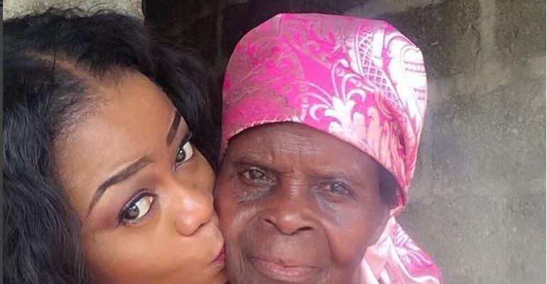 Nollywood Actress, Didi Ekanem Finally Lays Mother to Rest