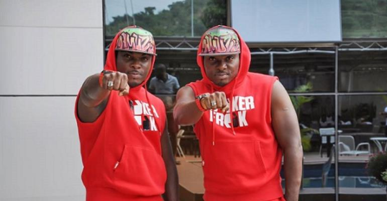 WOW!! Mamuzee Twins Unveil Innoson Made In Nigeria Cars For Pageant Winners (photos)