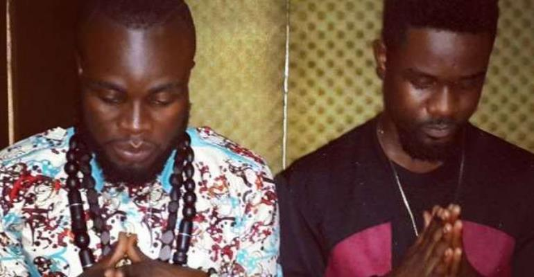 Fans of Sarkodie To Start a flawless Beef with M.anifest Says 'Titi is more popular Than Manifest'
