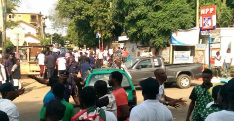 NDC and NPP supporters clash at Akufo-Addo's residence