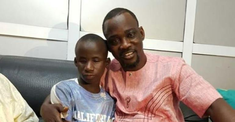 Singer, Alabi Pasuma Meets with Blind Kid who Sang his Songs