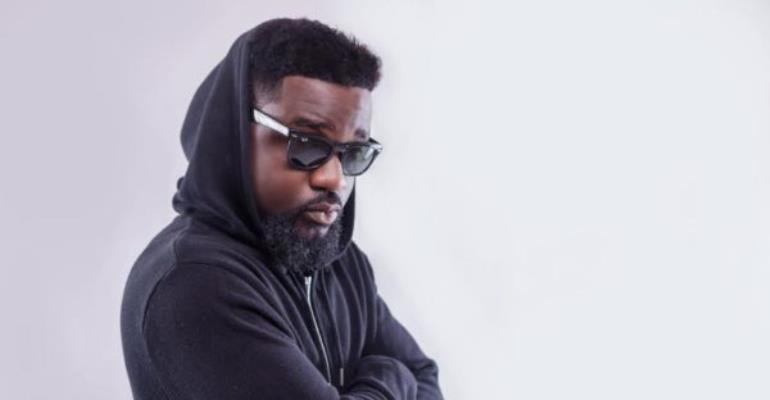 Sarkodie Wins Sound City MVP Award With 'Pain Killer'