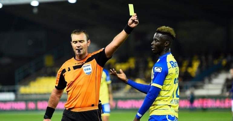 Waasland Beveren To Appeal Nana Ampomah's Yellow Card
