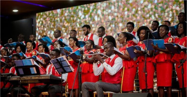 "Photos: Joy Prime, SALM Rock Fans @ ""A Beautiful Christmas"" Concert"