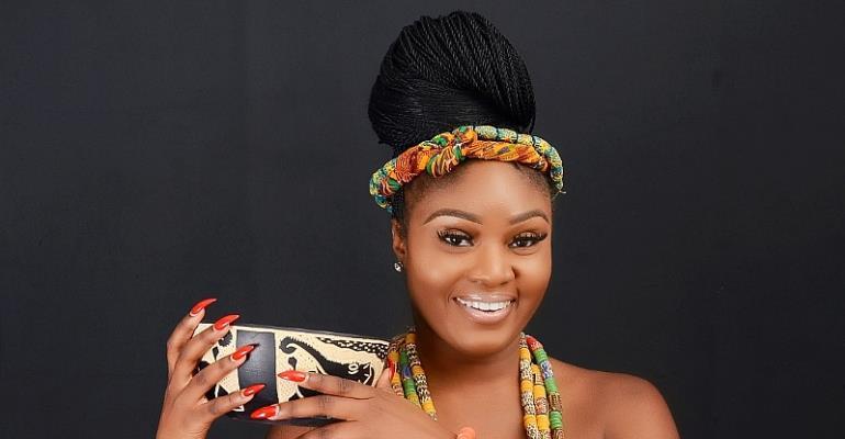 Ama Dee: Canada-Based Grooming Expert Raising Flag Of Ghana High
