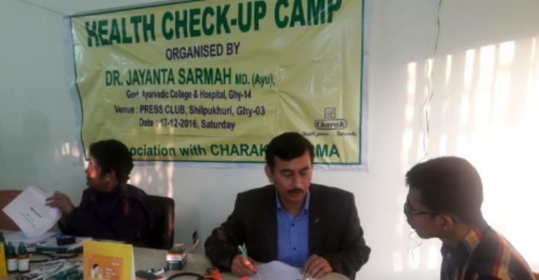 Ayurvedic Doctors Conduct Media Clinic
