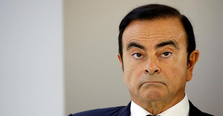 Japan court OKs 10-day detention for Nissan's ex-chair Ghosn