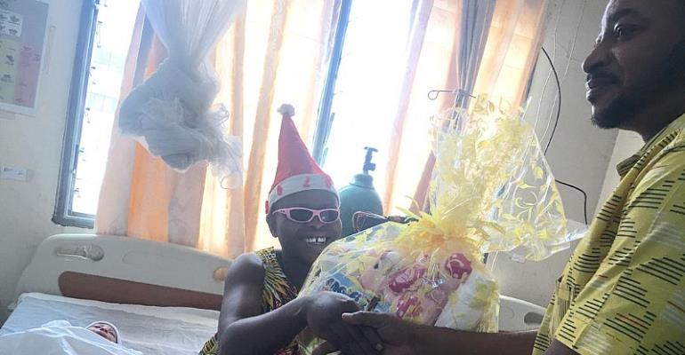 A/R: MTN Fetes New Christmas Babies With Hampers