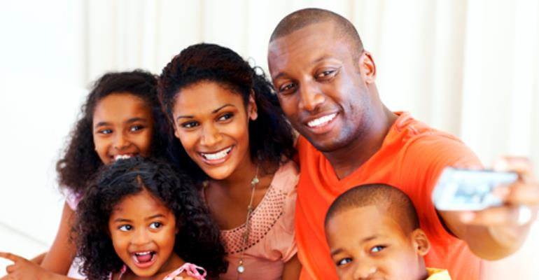 How to Enjoy the Spirit of the Season together as Family