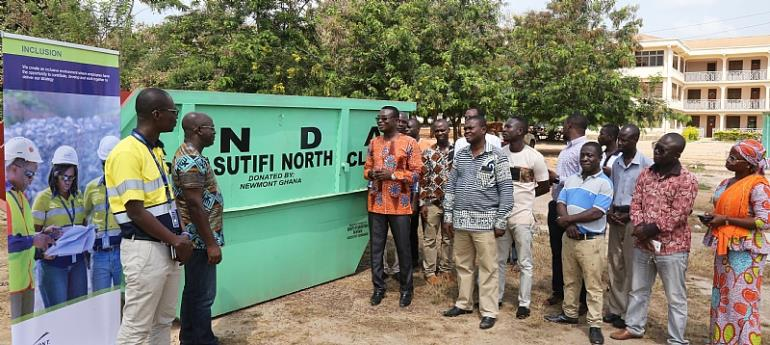 Newmont presents refuse containers to Assembly