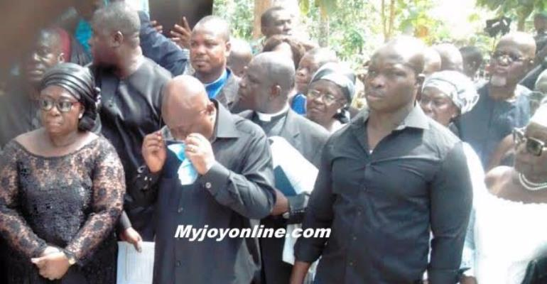 President Akufo-Addo weeps at late grandfather's graveside