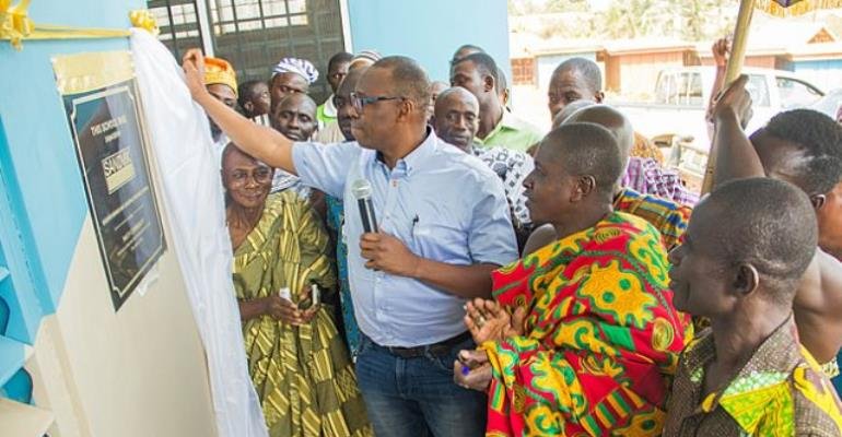 Sandvik Gh Ltd., Hands Over 6-Unit Classroom Block To Pakyi Community
