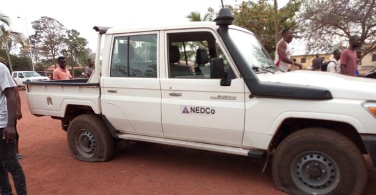 Berekum youth deflect NEDCo vehicle tyres.