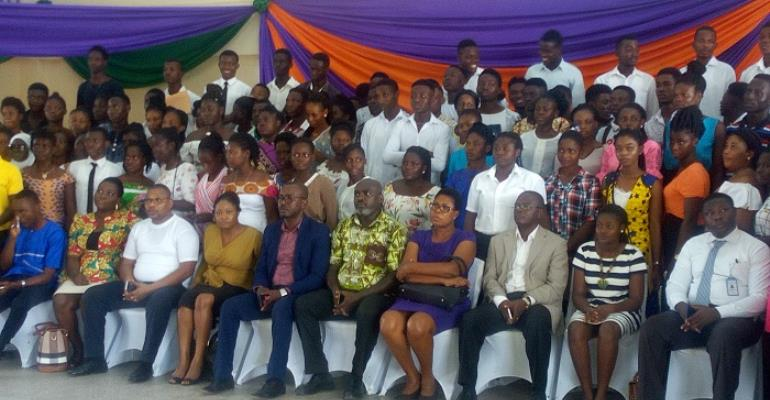 The beneficiaries with some of the trainees