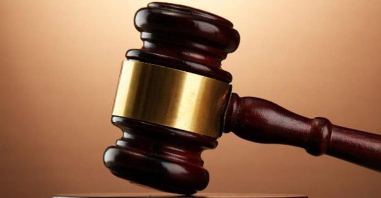 Witness Tells Court Policeman Robbed Supermarket In Uniform