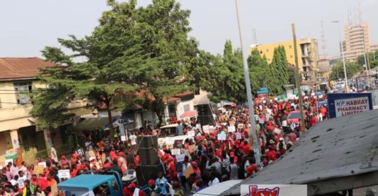 Photos: 'Aabge wɔ' Demo Shook Accra