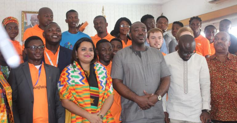 Jayathma Wickramanayake with Minister of Youth and Sports, Isaac Kwame Asiamah, UNFPA Country Representative, and a section of the youth.