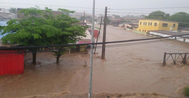 Photo Report: Accra Floods Again....Any Lessons Learnt From Last Year???