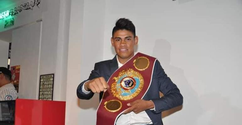 WBO Super Bantamweight Champ Navarrete Vows To Stop Dogboe In ReMatch