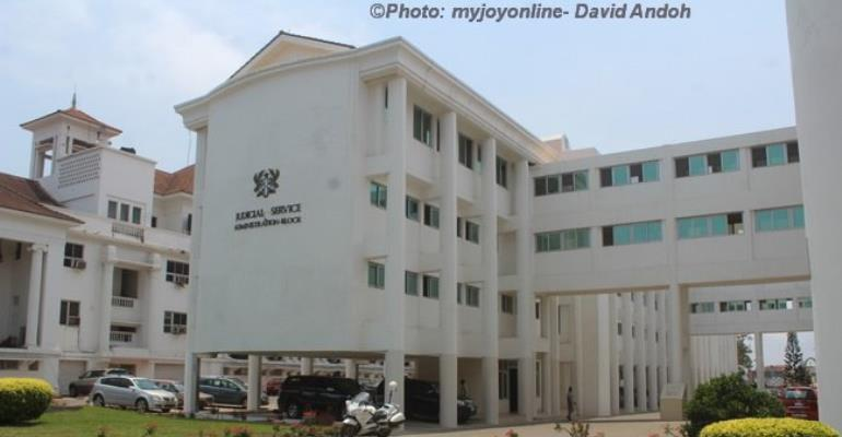 Chaos At Ghana School Of Law Over Mass Failure Of Exams