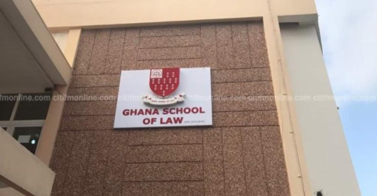 Law School Exams Records 80% Failure; SRC Angry