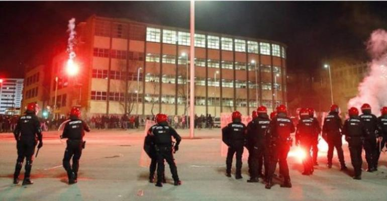 Officer Dies In Clashes Before Athletic Bilbao V Spartak Moscow