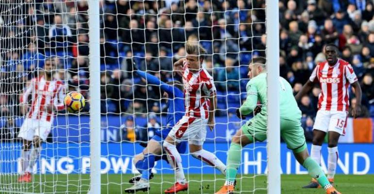 Jack Butland Error Rescues Point for Leicester City