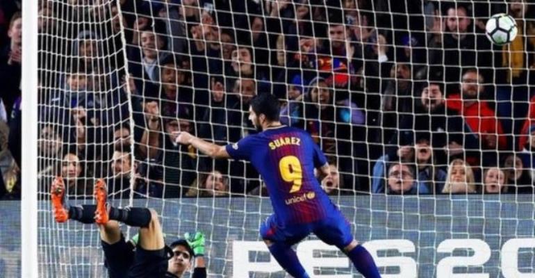 Suarez Scores Hat-Trick As Barcelona Thump Girona