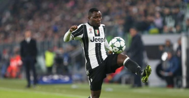 Serie A Leaders Napoli Join Race For Juventus Star Kwadwo Asamoah