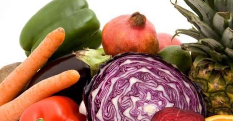 Low fruit and vegetable intake among top 10 selected risk factors