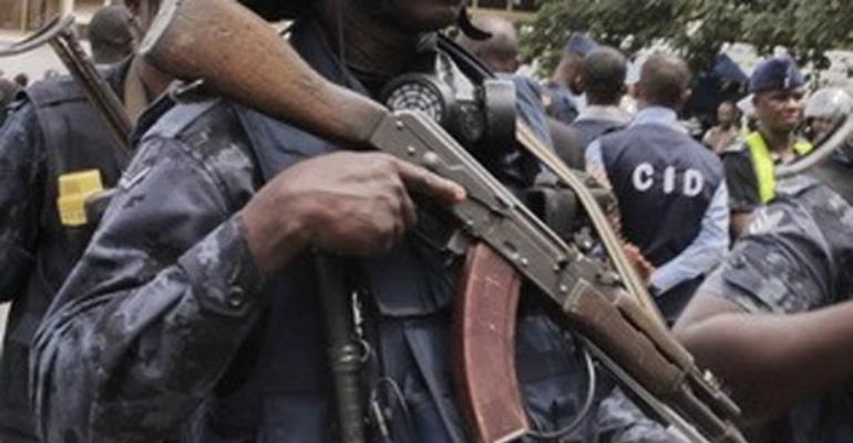 Shocking! Armed Policeman Fled Royal Motors Daylight Robbery Scene
