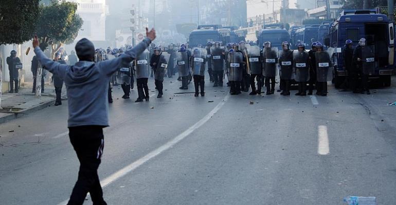Social Media Emboldens Anti-Bouteflika Movement